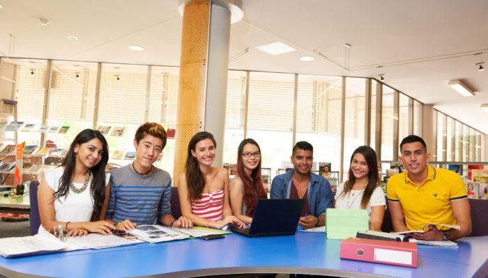 Navitas Darwin student02